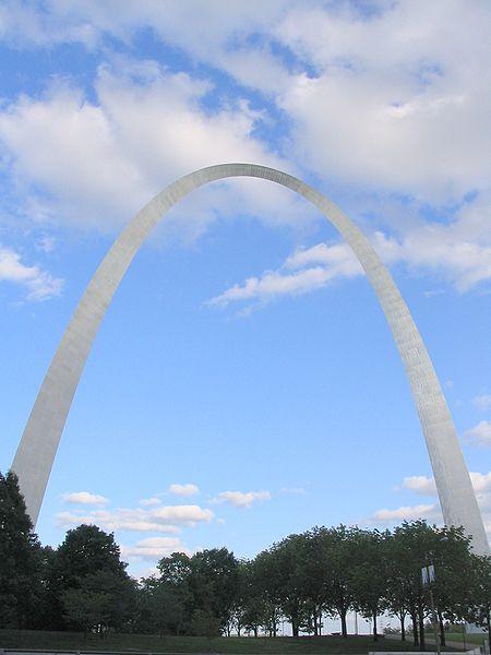 St. Louis Archway. Progetto Eero Saarinen, 1963.
